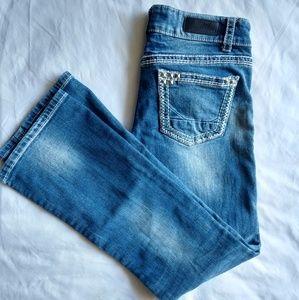 Daytrip Leo Bootcut Size 27R Studded Jeans